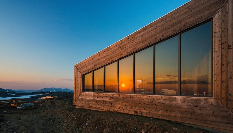 Rabot Tourist Cabin - close to glaciers in northern Norway (8)