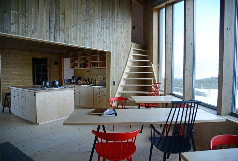 Rabot Tourist Cabin - close to glaciers in northern Norway (9)