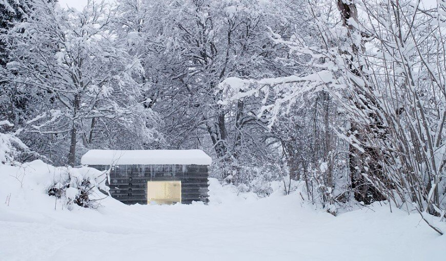 Refugi Lieptgas fascinating concrete cabin in the Swiss Alps (1)