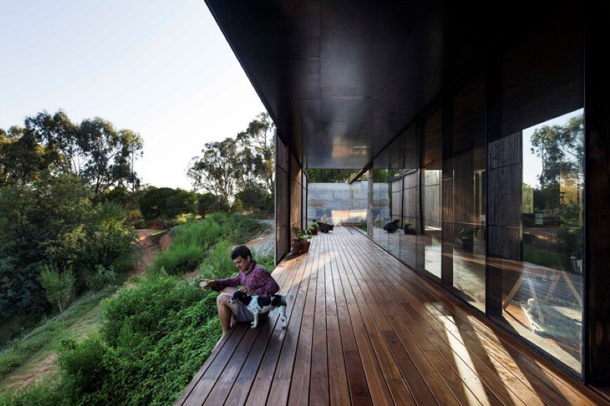 Sawmill House sustainable architecture by reusing waste concrete (6) (Custom)