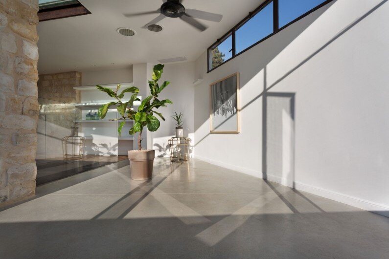 preservation and renewal of an old house in Israel by HENKIN SHAVIT Architecture & Design (6)