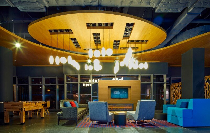 Aloft boutique hotel has a bold and elegant new identity in China (13)