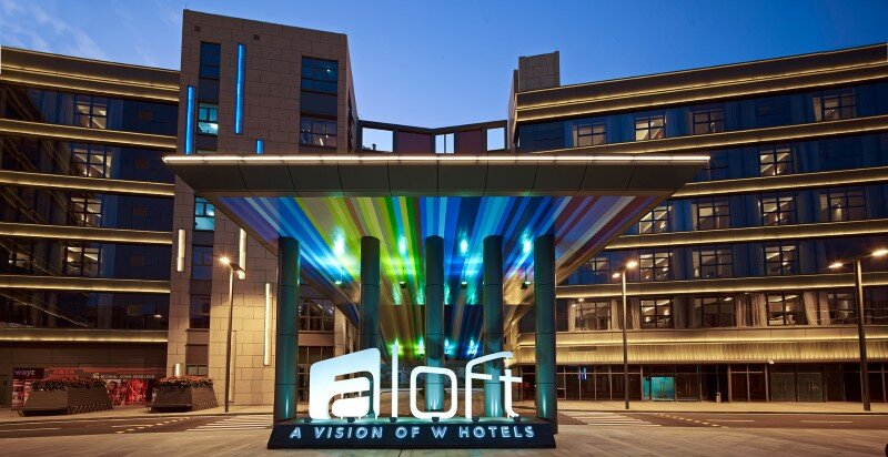 Aloft boutique hotel has a bold and elegant new identity in China (3)