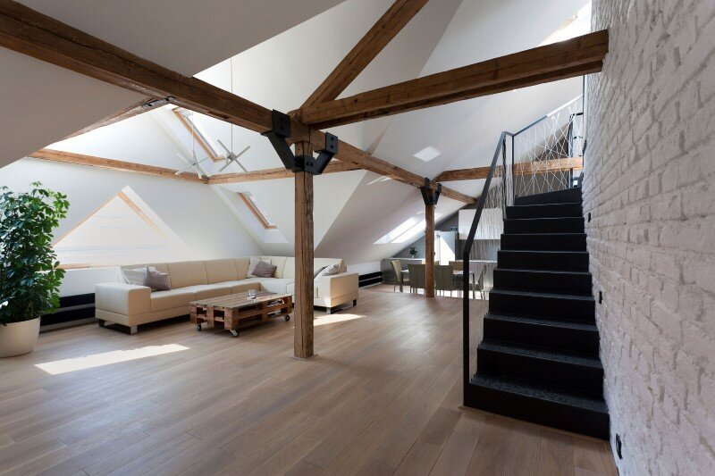 Attic loft reconstruction in a late 19th century house (2)