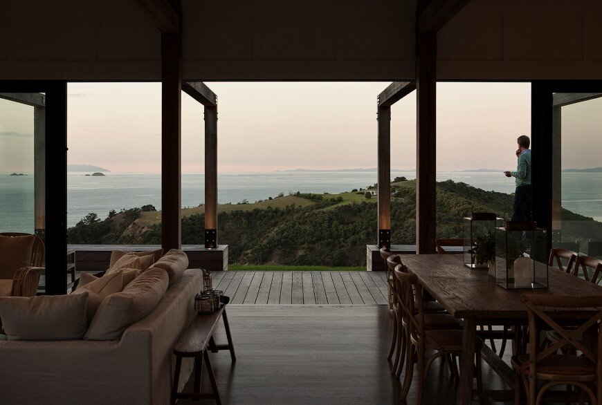 Bold architecture with maximum exposure to the views and seasonal rhythms - Owhanake Headland 8