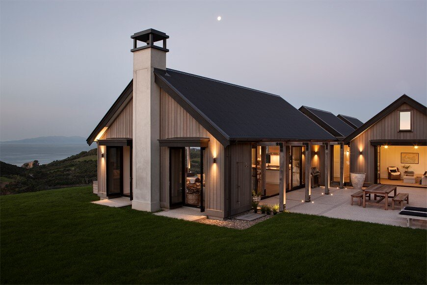 Bold architecture with maximum exposure to the views and seasonal rhythms - Owhanake Headland 11