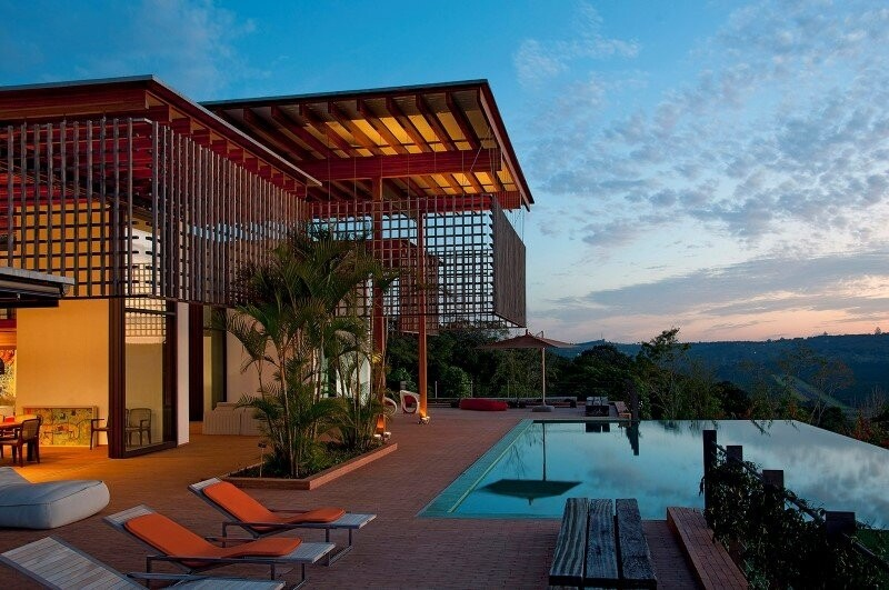 Brasil house with contemporary design placed in the Brazilian Atlantic Forest (17)