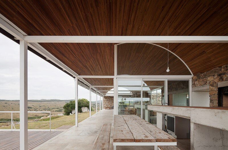Calera del Rey House stone structure with a vaulted roof (7)