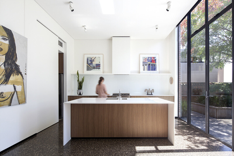 Contemporary extension and renovation to a Victorian house (6)