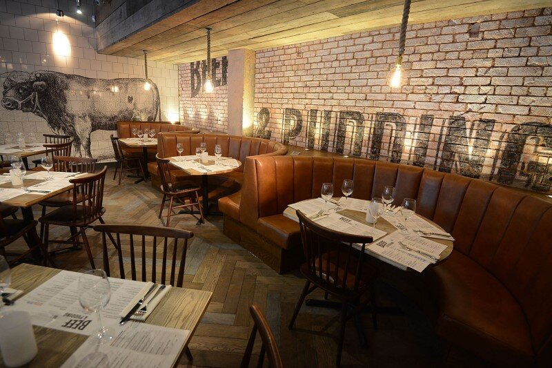 DV8 Designs has created a true rustic design in Beef and Pudding restaurant (2)