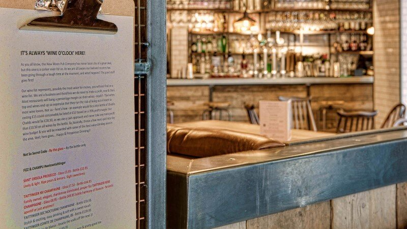DV8 Designs has created a true rustic feel in Beef and Pudding restaurant (9)