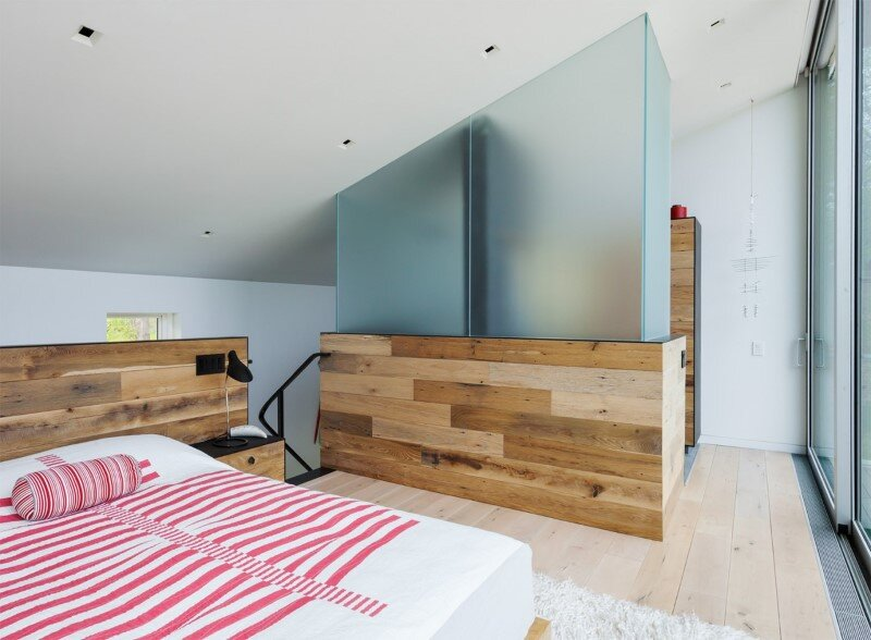 Davis Country House with high-end millwork and recycled timber finishes (11)