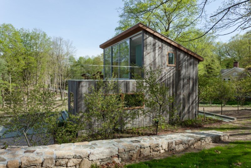 Davis Country House with high-end millwork and recycled timber finishes (6)