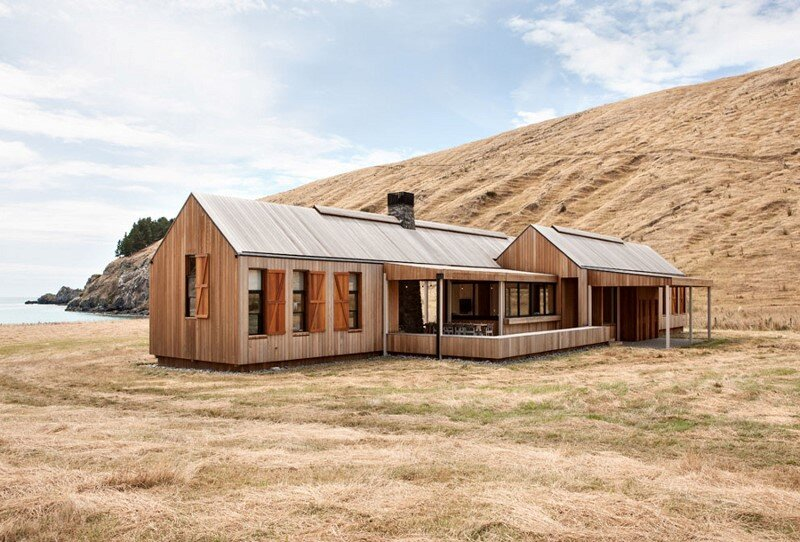 Farm house designed as the centerpiece of a surf beach 12