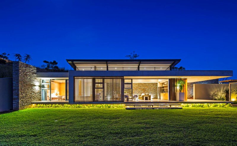 Googie style - Albizia House by Metropole Architects (25)
