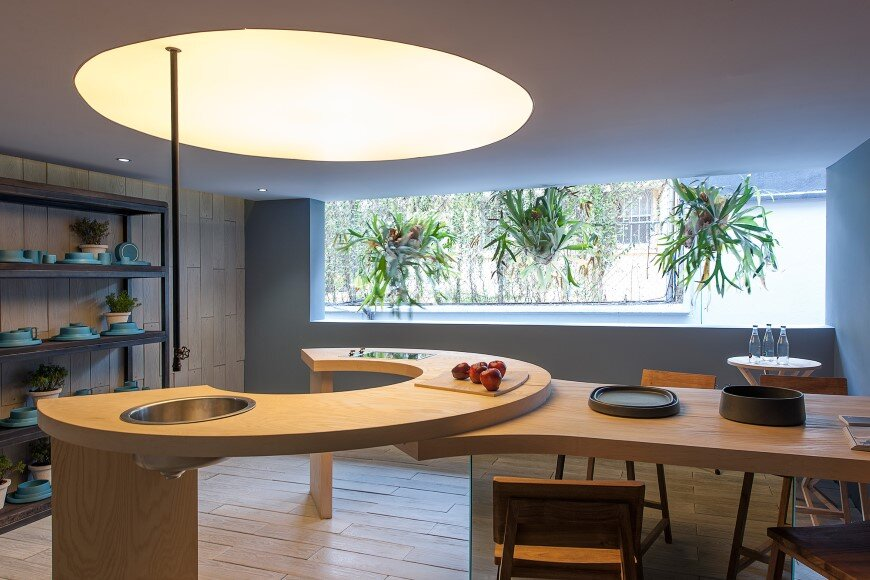 Kitchen design with subtlety of form and comfortable functionality (3)