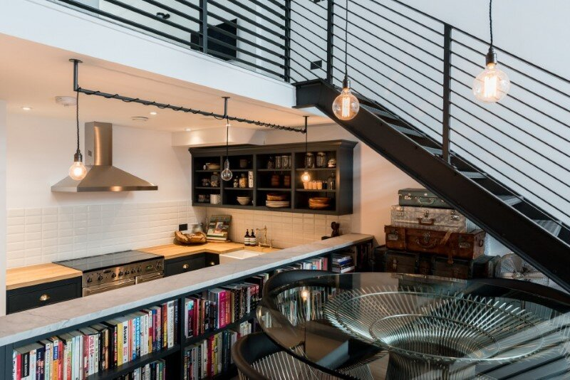 Loft apartment with an industrial factory feel - Northbourne, London (5)