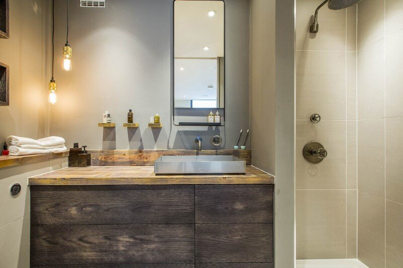 Loft apartments with an industrial factory feel - Northbourne, London (20)