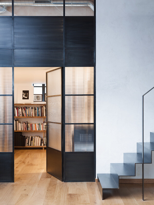 London warehouse converted into a stylish life space (5)