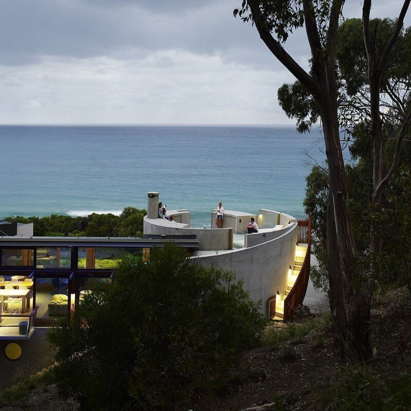Ocean House sculpted from concrete, timber and glass (5)