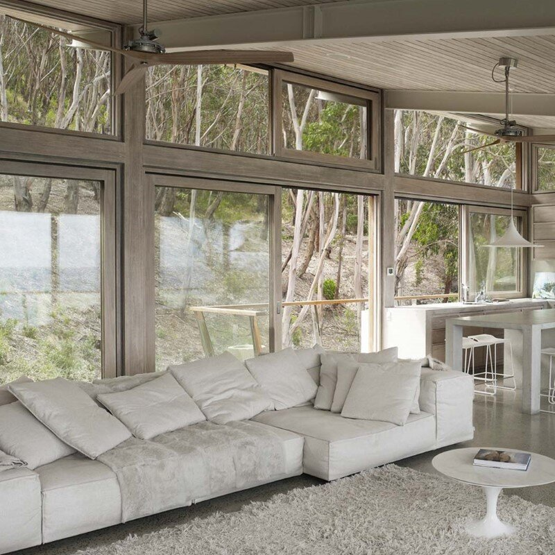 Ocean House sculpted from concrete, timber and glass (8)