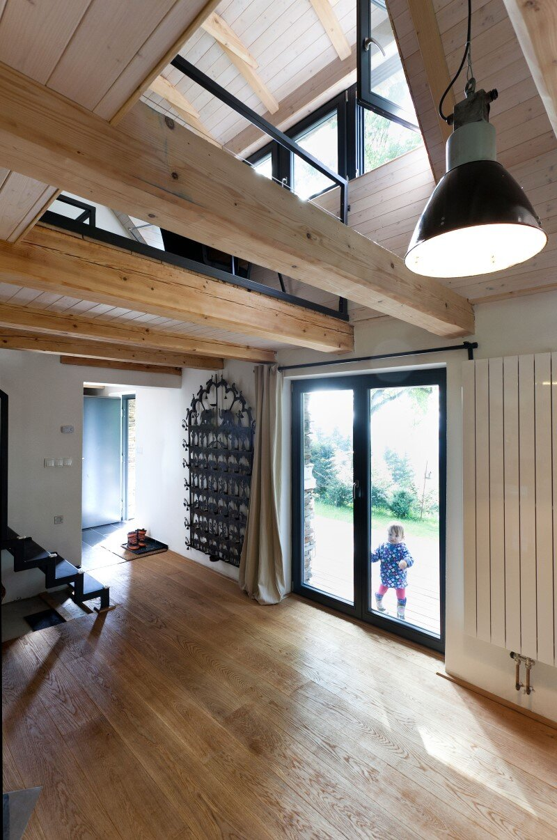 Old house converted into a summerhouse for a young couple (5)