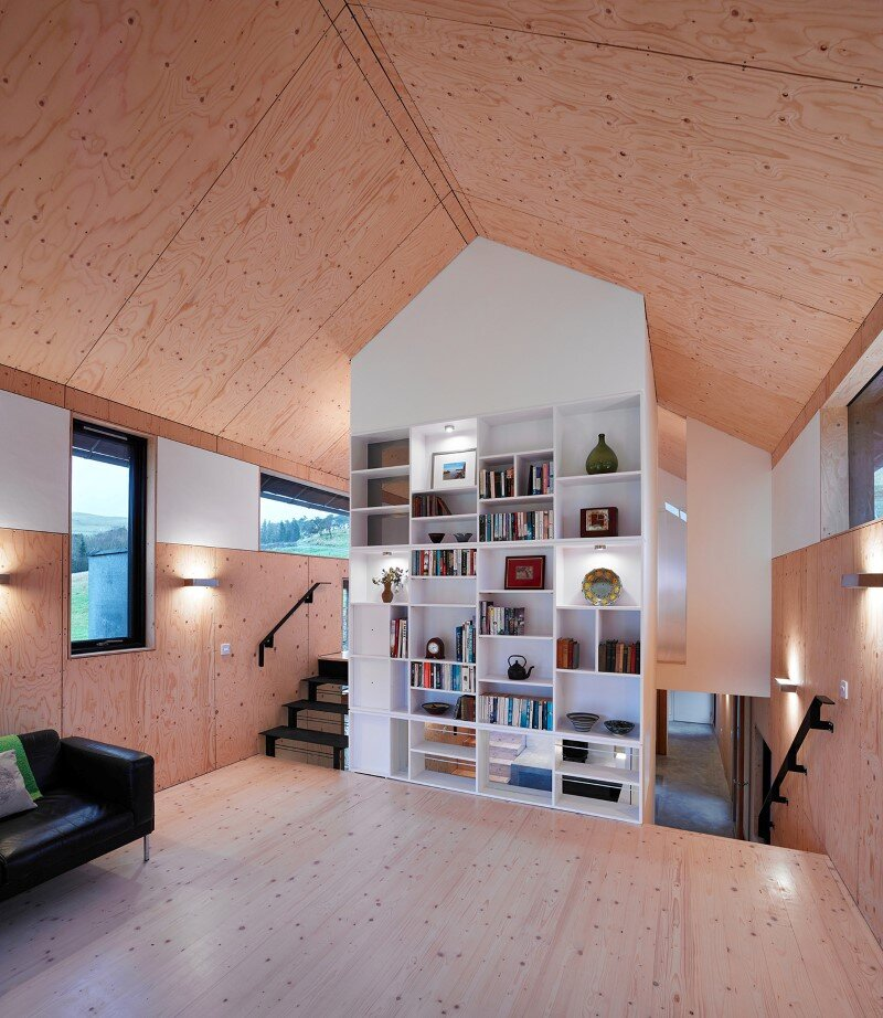 Old mill transformed into a modern holiday home (3)