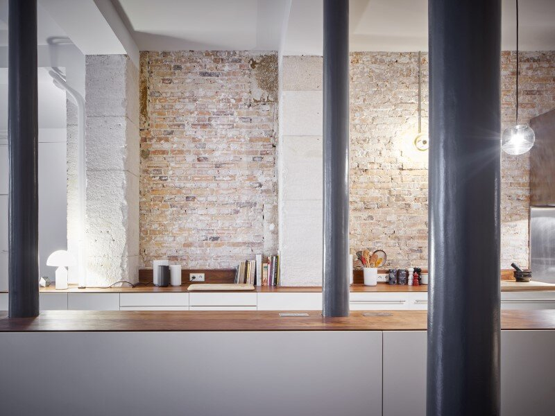 Parisian Loft with a gorgeous interior design customized with walnut and glass (16)