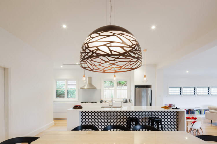 Red brick house - extended and transformed by Bijl Architecture (8)