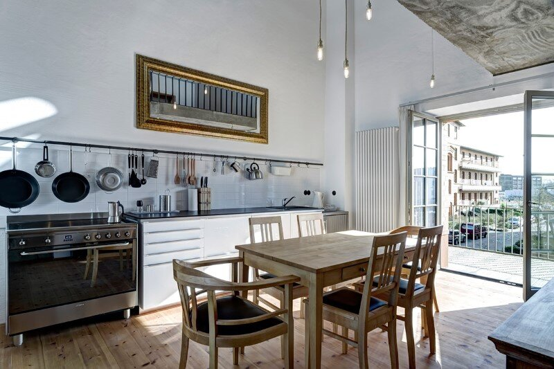 Water tower converted into a unique vacation home with beautiful views over the rooftops of Berlin (13)