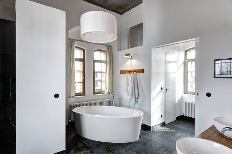 Watertower converted into a unique vacation home with beautiful views over the rooftops of Berlin (8)