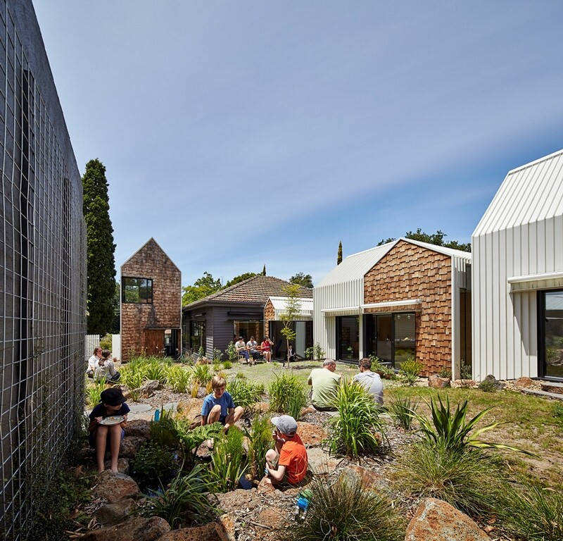 Weatherboard house - creative extension and renovation for a long-term family home (13)