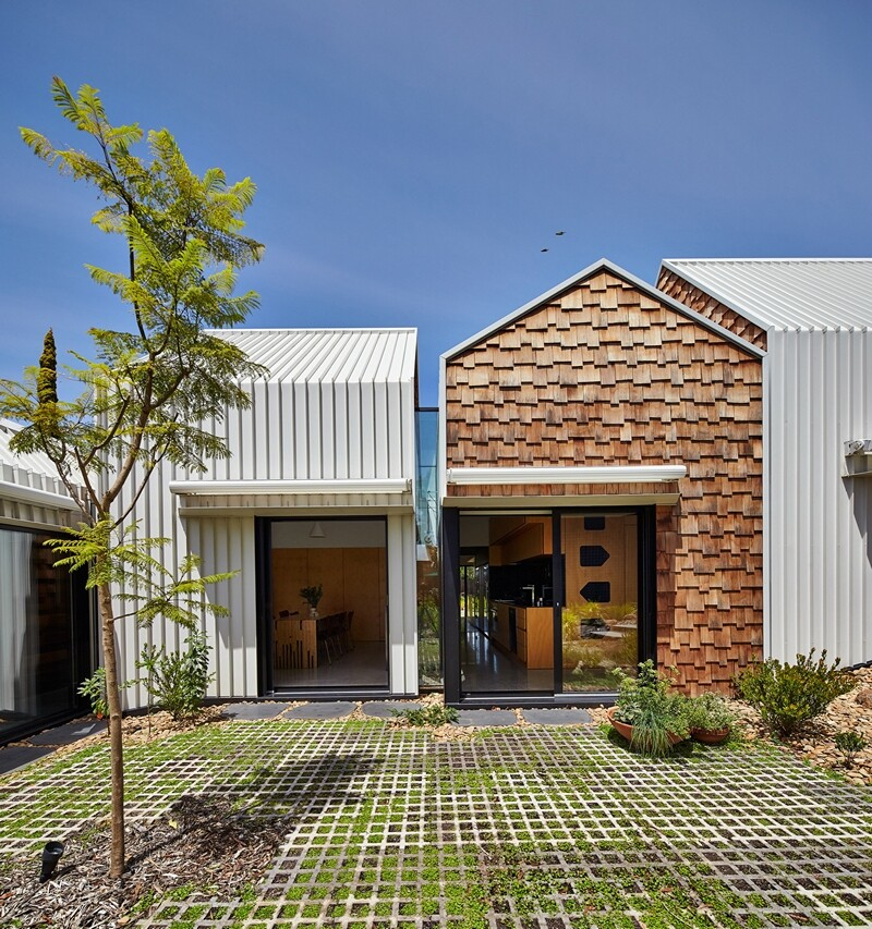 Weatherboard house - creative extension and renovation for a long-term family home (21)