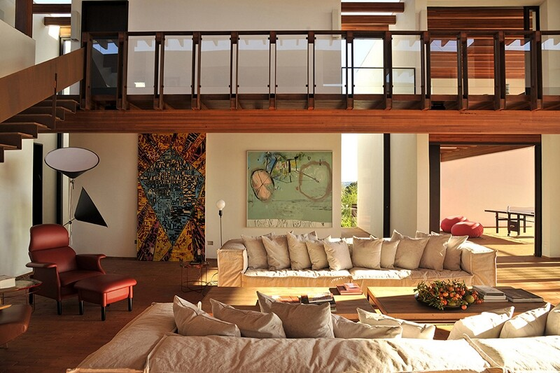 Weekend house with contemporary design placed in the Brazilian Atlantic Forest (3)