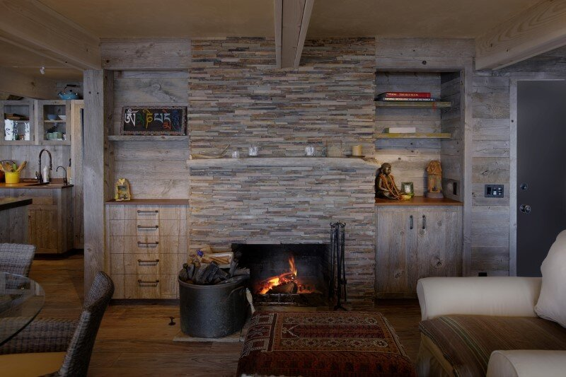 50's beach shack remodeled with live material (6)