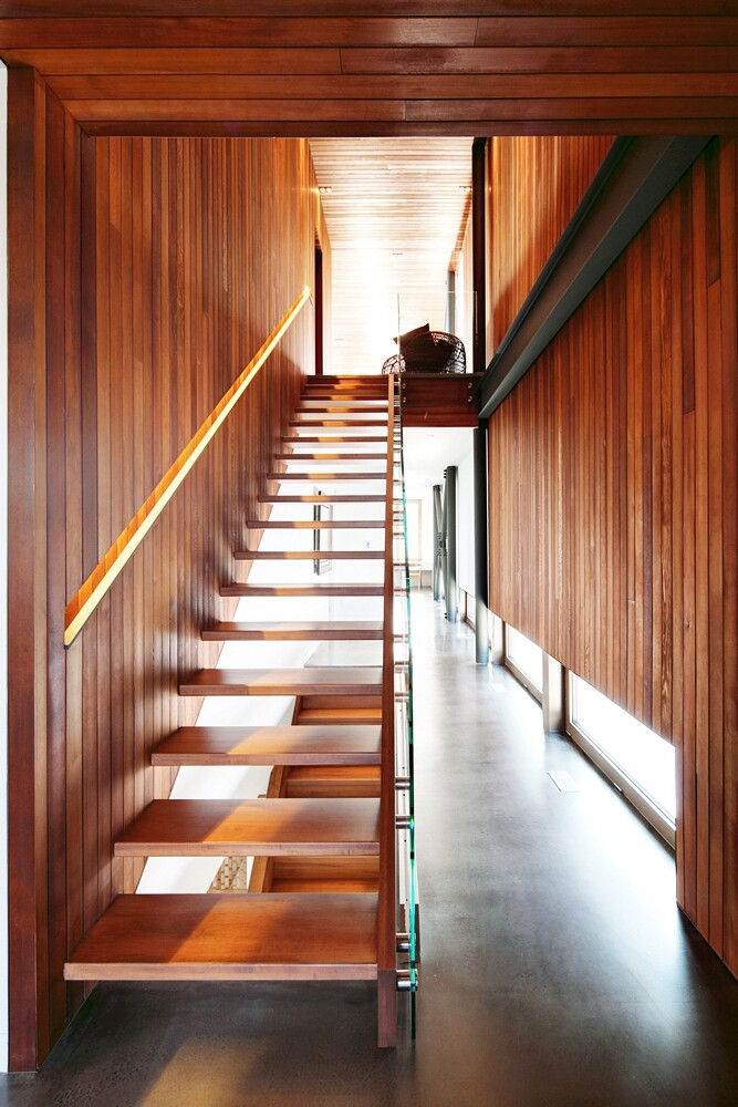 Architectural forms that make a proud statement in the Quebec landscape (18)