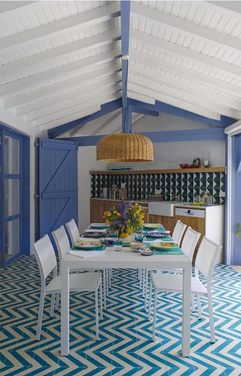Biarritz Open House - refreshing blue and a beautiful relaxation area on the French Atlantic coast (2)