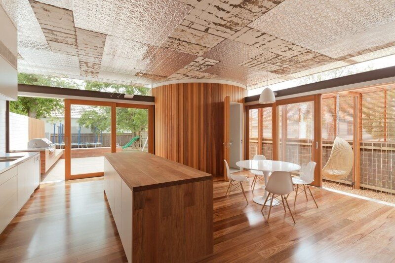 Bold conceptual approach for adding a open kitchen to a semi-detached home - Dulwich Hill Residence (16)