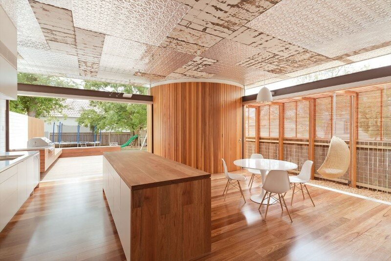 Bold conceptual approach for adding a open kitchen to a semi-detached home - Dulwich Hill Residence (4)