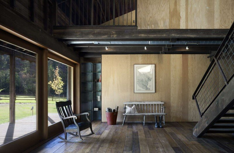 Canyon Barn - Old barn renovated and converted into a three-bedroom retreat (3)