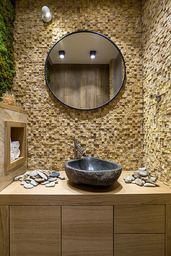 Eco-design that integrates fitomuduli with live plants - bathroom interior design (12)