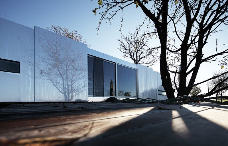Flexible housing unit with a prefabricated wood structure - Casa Invisible (12)