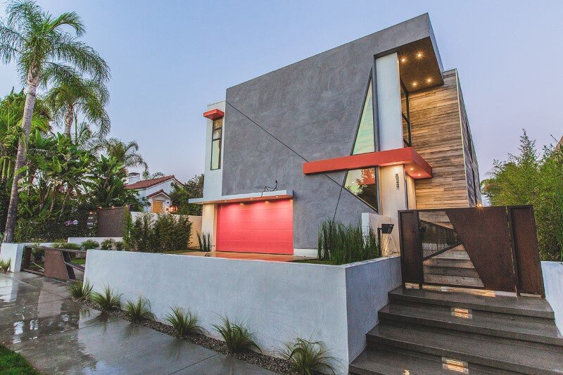 High-end contemporary mansion with discreet extravagant interiors (2)