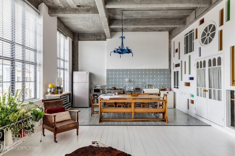 London apartment with industrial and retro features (2)