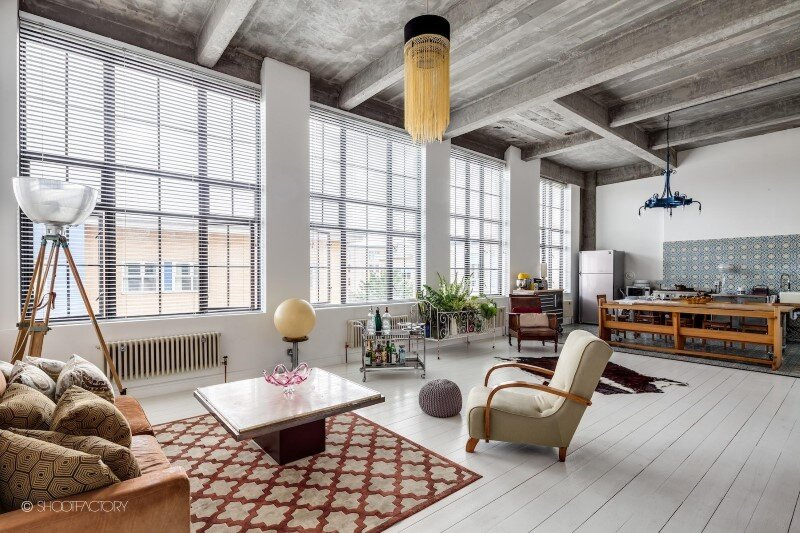 London apartment with industrial and retro features (9)