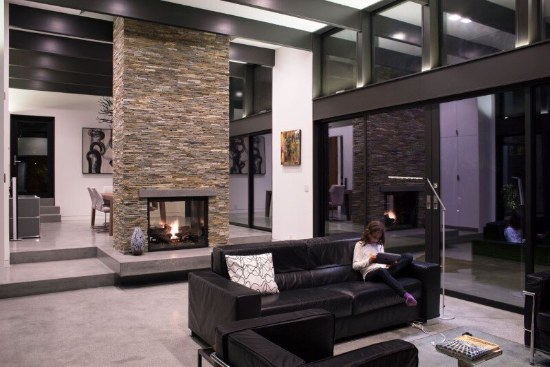 Modern Atrium House - energy efficient new home by Klopf Architecture (3)