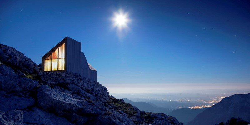 Mountain shelter on the highest peak in Slovenia (18)