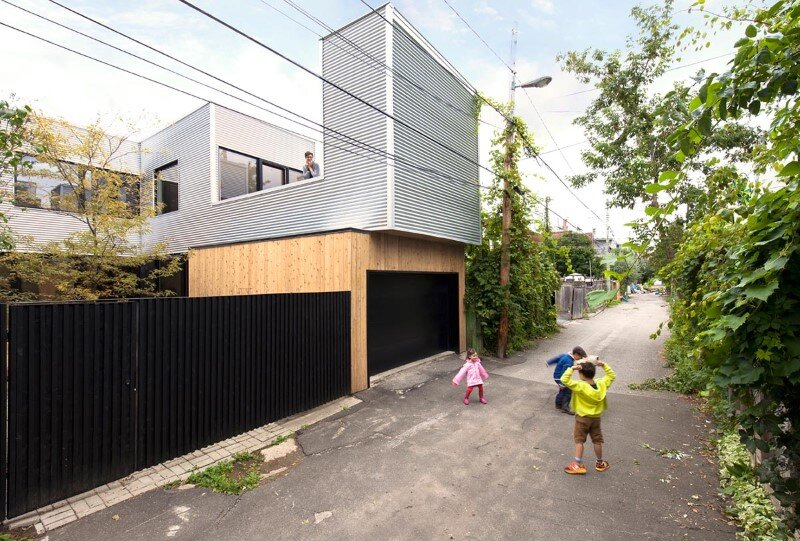Old duplex renovated and converted into a family home (12)