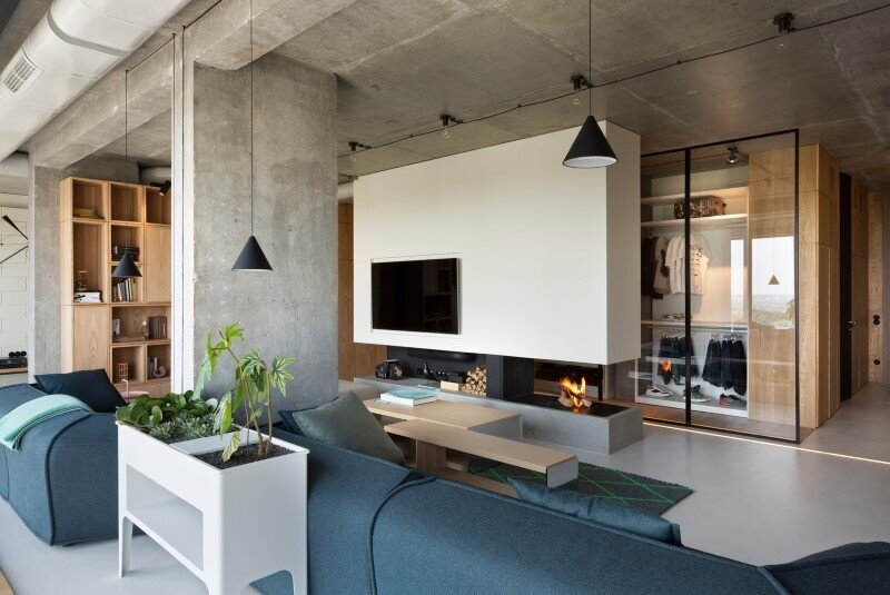 Penthouse with concrete partitions and ceiling and a glass-wall windows (5)