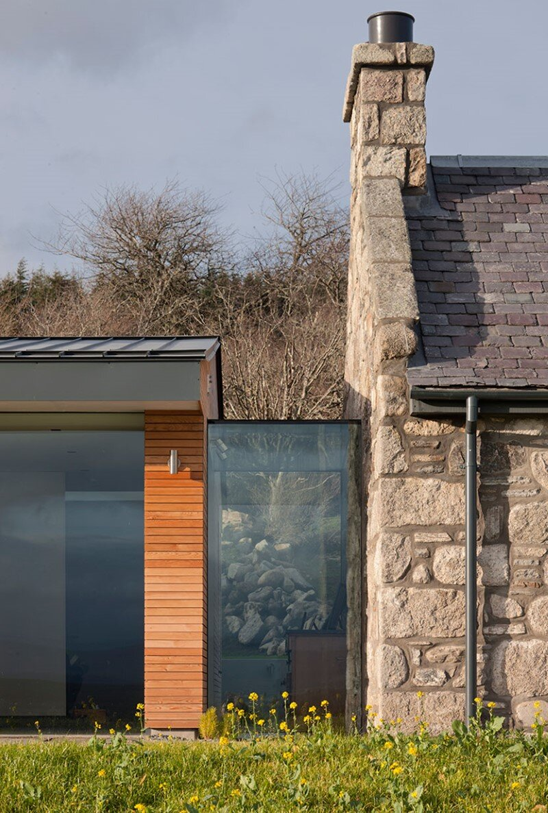 Scottish cottage nestled on a hillside with panoramic views (2)